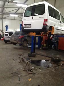 Замена задней балки Peugeot-Partner